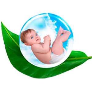 ребенок в защитном шаре
